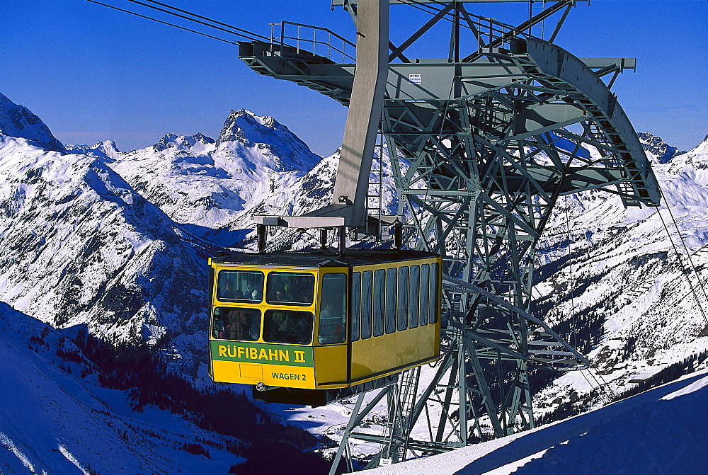 Winter landscape with cable car, Ruefikopfbahn, Lech, Vorarlberg, Austria