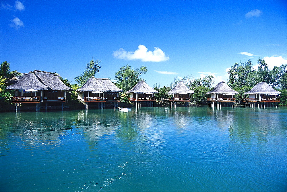 Hotel bungalows at a lake, Hotel Le Prince Meurice, Mauritius, Africa
