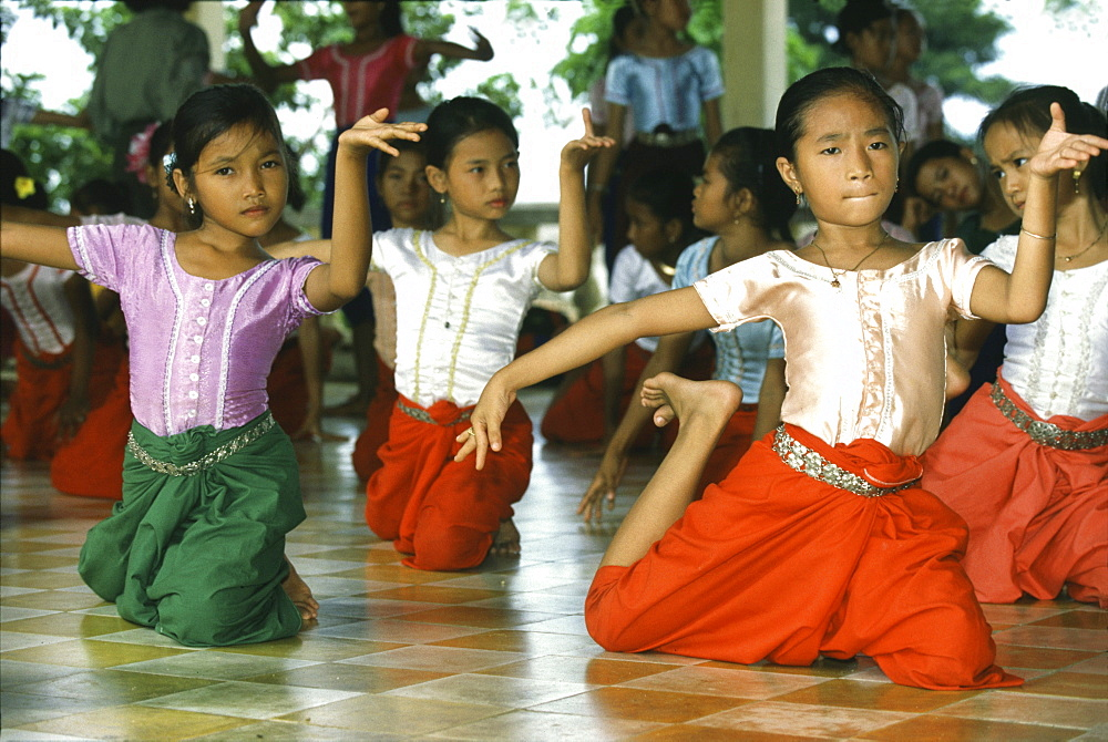 Girls learning temple dance at the Royal Academy of Performing, Phnom Penh, Cambodia, Asia