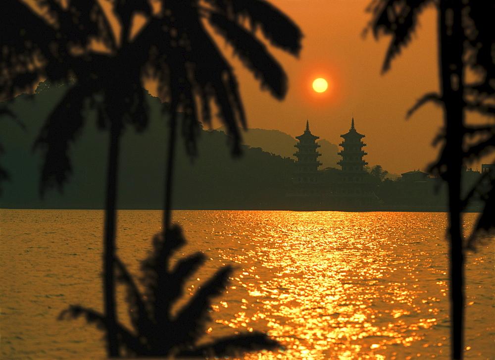Tiger Dragon-Pagoda, Lotus Lake, Kaohsiung, Taiwan