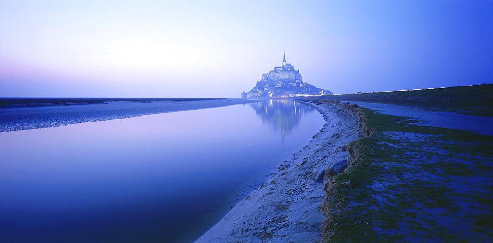 Mont St. Michel, Normandy00057138