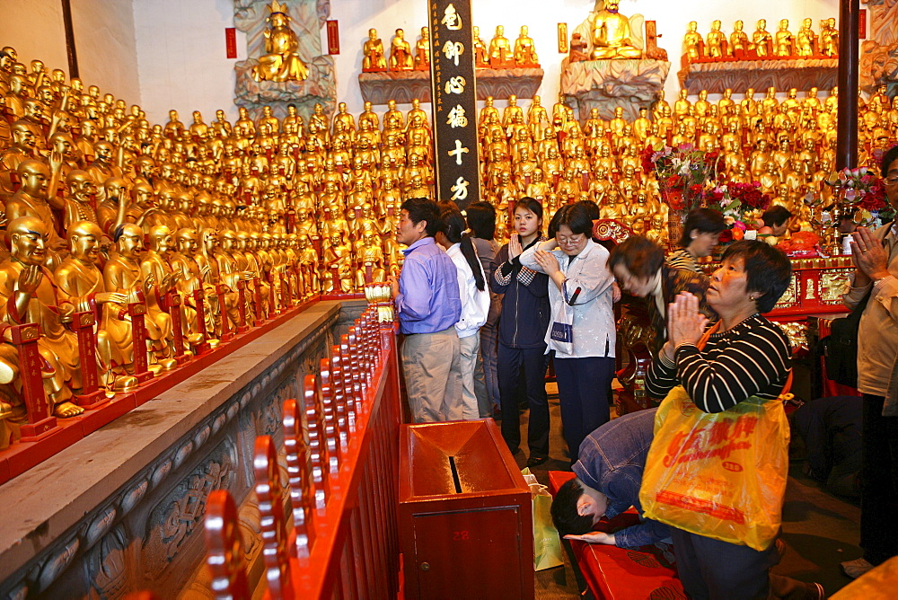 Longhua Temple, Longhua Temple and pagoda, oldest and largest buddhist temple in Shanghai, thousand-buddha-hall