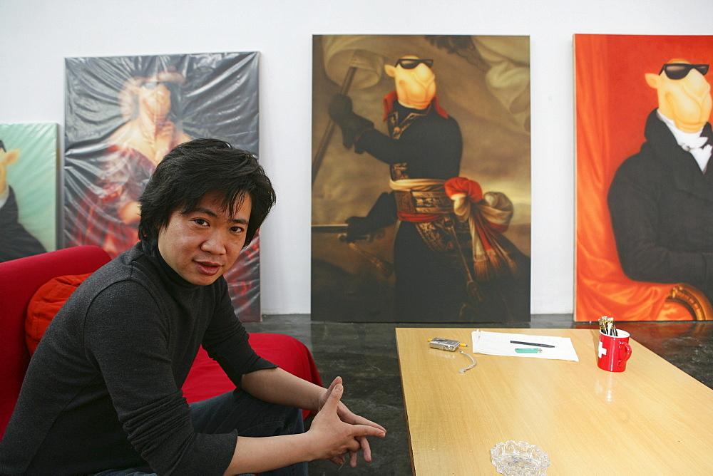 ShanghART art gallery, Moganshan, paintings of painter Zhou Tiehei, born 1966, exibition hall, Gallery, art dealer, art dealer, 50 Moganshan Road