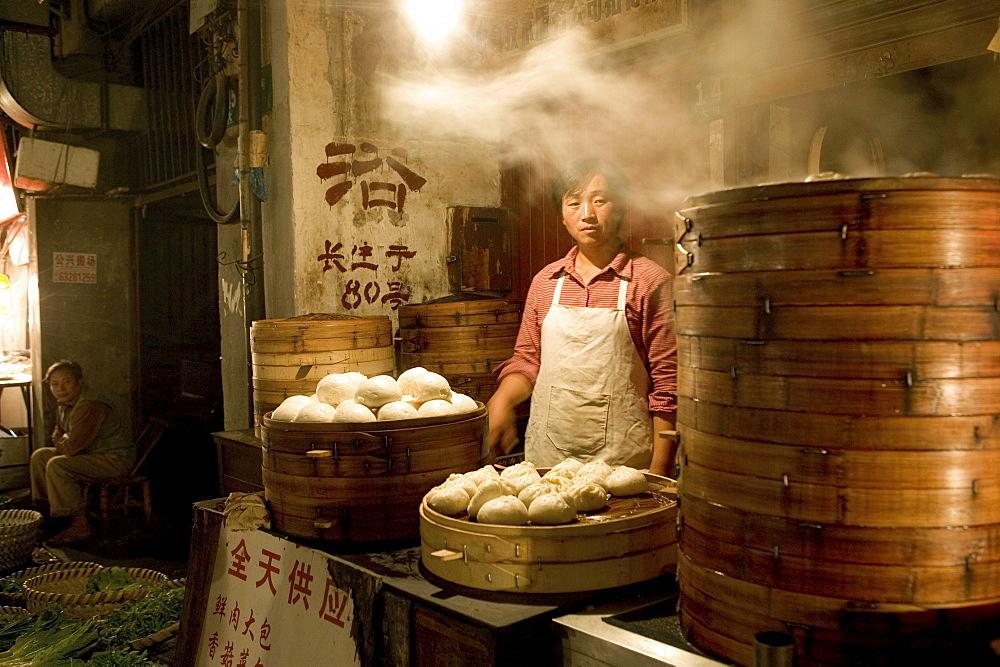 cook in kitchen, dumpling restaurant, Shanghai