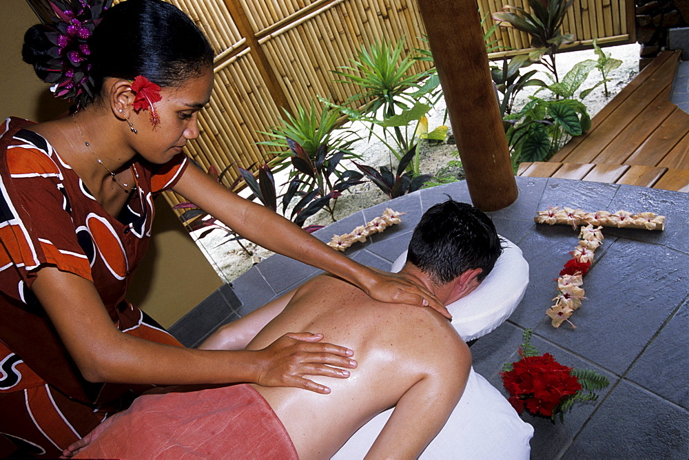 Polynesian Spa Massage, Taha'a Pearl Beach Resort, Taha'a, French Polynesia
