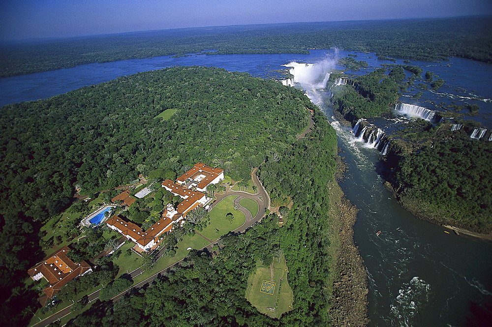 Hotel Tropical das Cataratas, Iguassu Waterfalls, Foz do Iguacu, Brazil, South America00018995