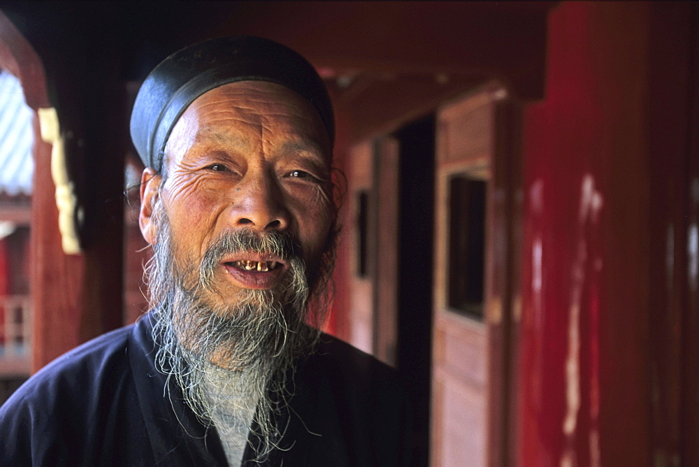 Portrait of an abbot, Cui Yun Gong monastery, Hua Shan, Shaanxi province, China, Asia