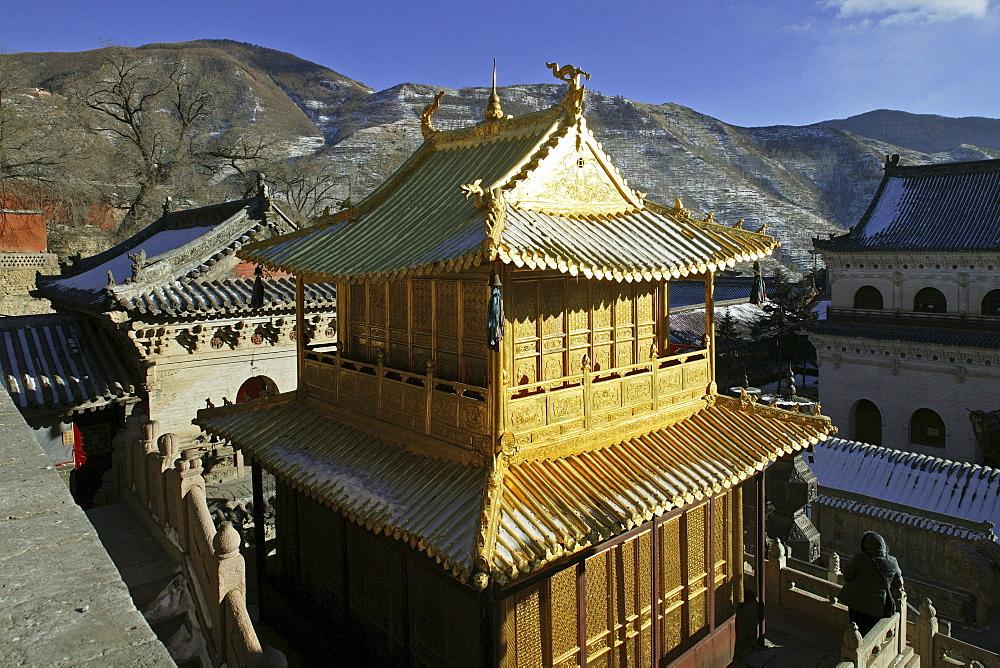 Copper Palace, Xian Tong Temple, Mount Wutai, oldest monastery in Wutai Shan, Ming dynasty, Five Terrace Mountain, Buddhist Zentrum, town of Taihuai, Shanxi province, China
