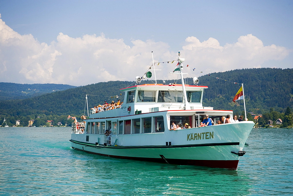 Excursion ship on the way to Maria Woerth, Lake Woerthersee (biggest lake of Carinthia), Maria Woerth, Carinthia, Austria