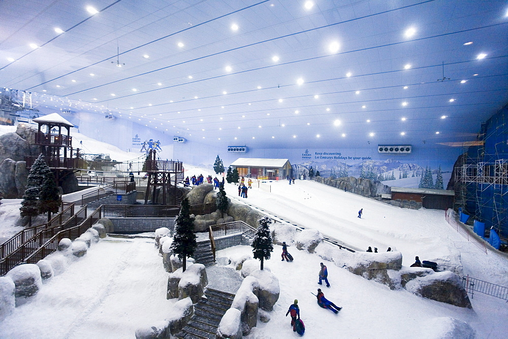 Dubai Mall of Emirates Ski dubai, Indoor skiing