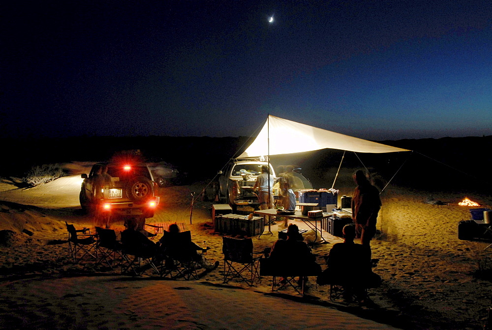 A group of people camping in the desert, Offroad 4x4 Sahara Desert Tour, Bebel Tembain area, Sahara, Tunisia, Africa, mr