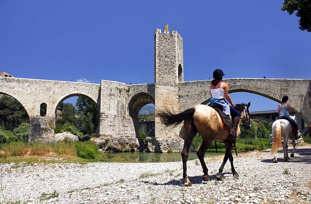 12th Century town of BesalË™, Catalonia, Spain