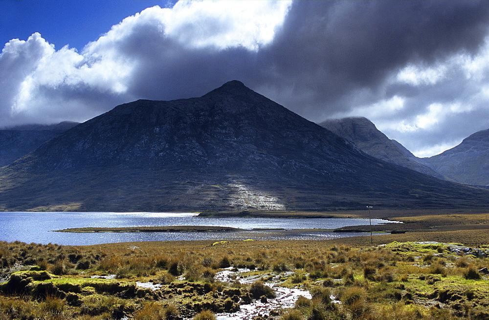 Landscape in the Connemara National Park, Connemara, Co. Galway, Ireland, Europe