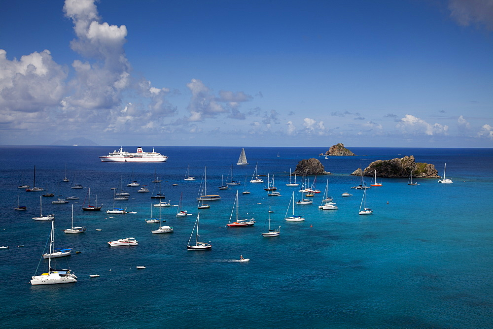 Cruise ship MS Deutschland (Reederei Peter Deilmann) and yachts moored in the harbour, Gustavia, St. Barthelemy, St. Barth, Lesser Antilles, Caribbean