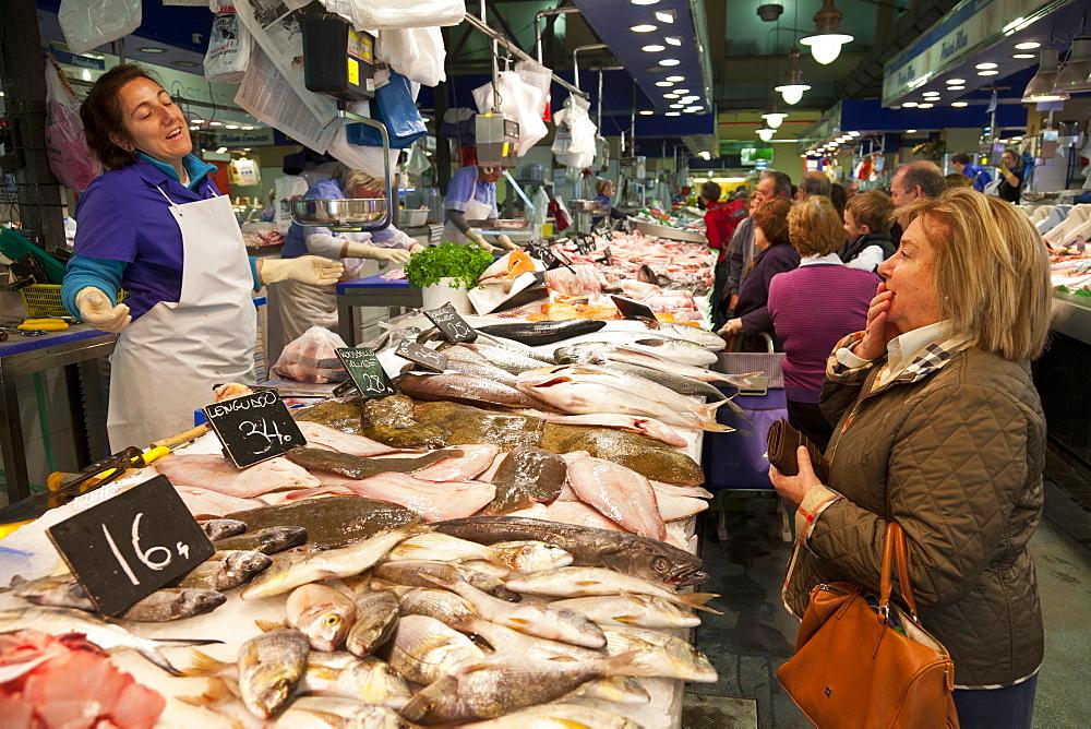 Fresh sea-food, Mercat Olivar, market hall, center of Palma, Palma de Mallorca, Mallorca, Spain