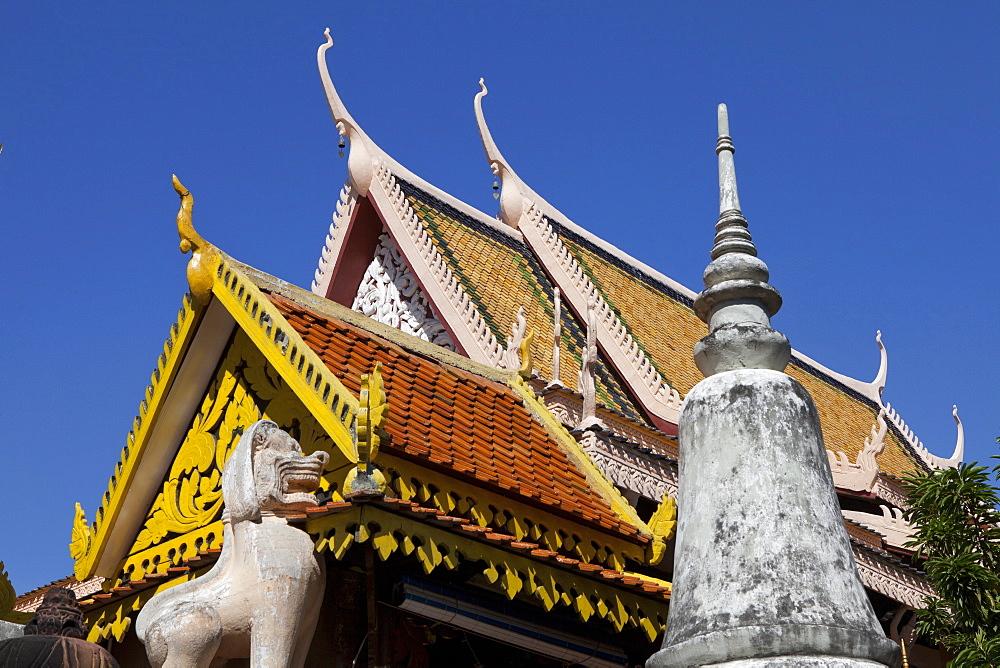 Buddhistic temple Wat Phnom, Phnom Penh, capital of, Cambodia, Asia