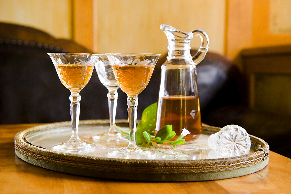 Homemade herbal liqueur, Homemade