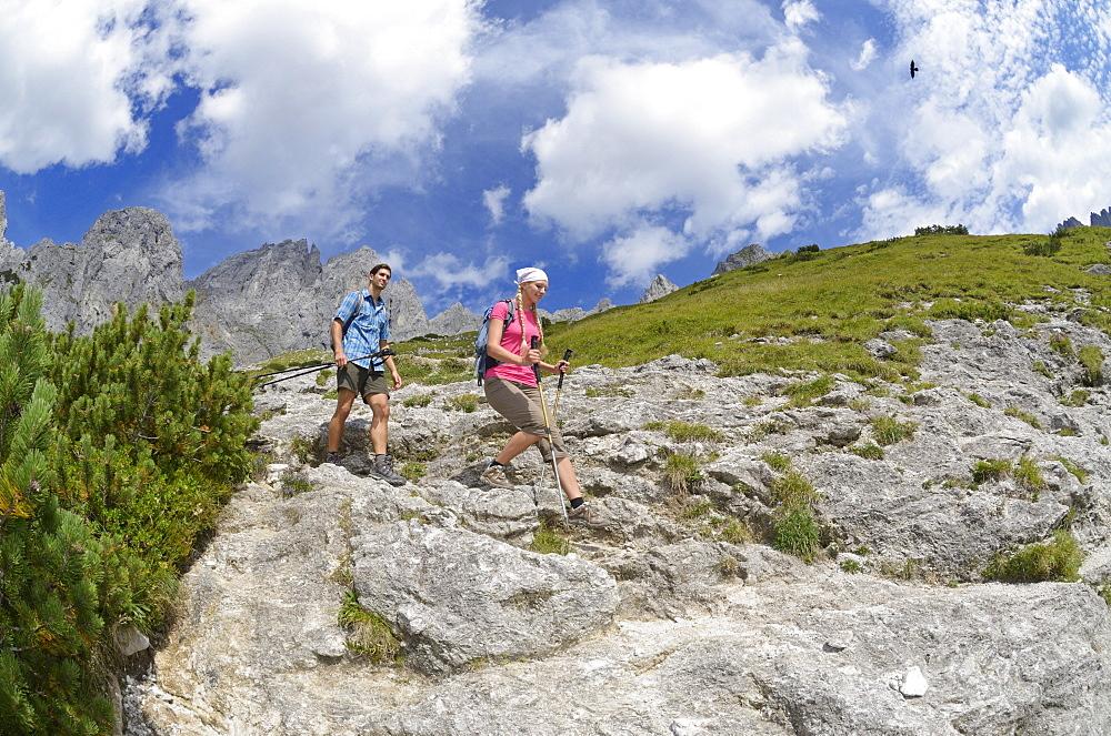Descent from the Gruttenhuette, Ellmauer Halt, Wilder Kaiser, Tyrol, Austria