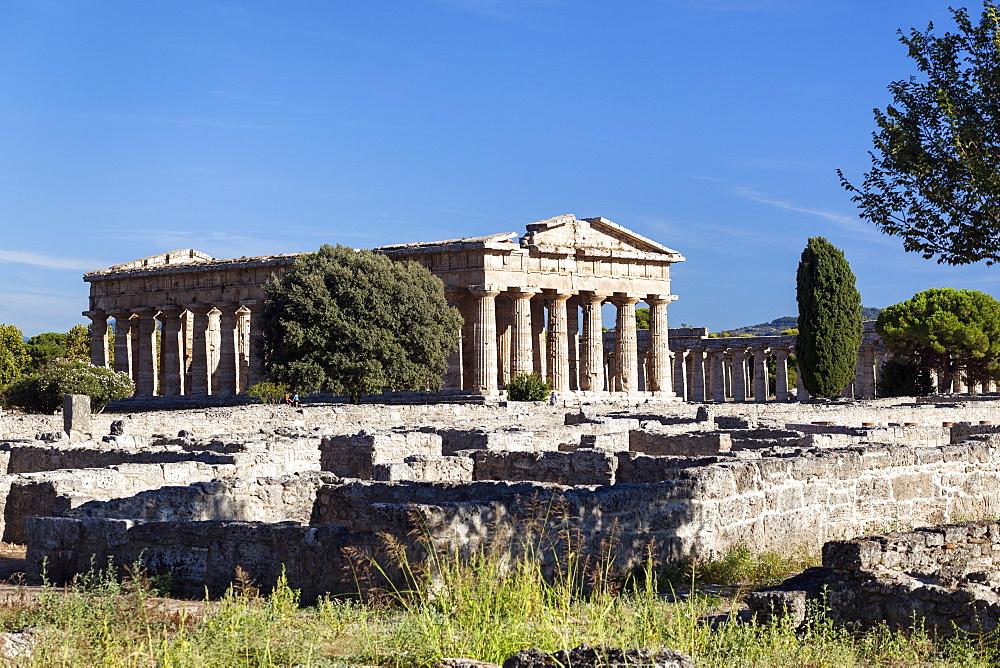 Poseidon Temple, Neptune Temple and Basilica, living quarters, historic town of Paestum in the Gulf of Salerno, Capaccio, Campania, Italy, Europe