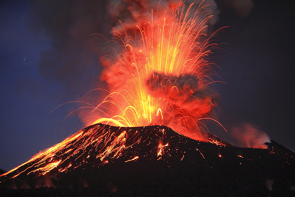 Tavurvur Volcano, Rabaul, East New Britain, Papua New Guinea, Pacific
