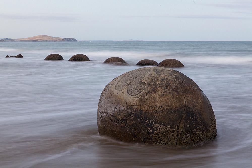 Moeraki Boulders, spherical concretions, stone ball, Otago, South Island, New Zealand