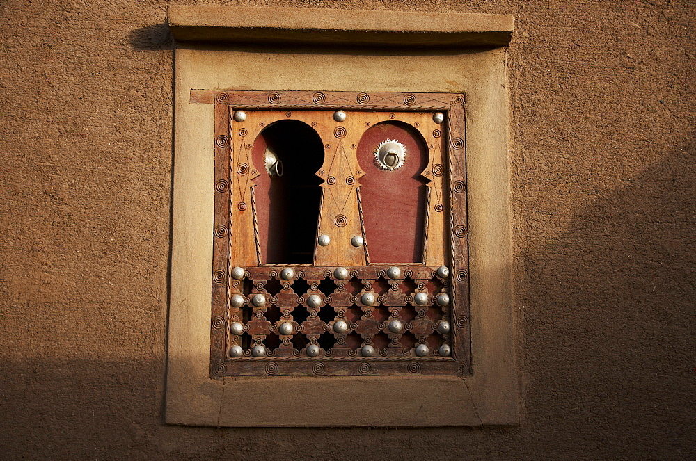 Window of a mud building, Djenne, Mopti region, Mali