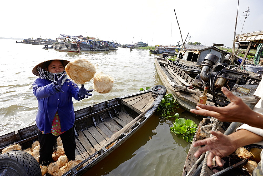 Floating market on Mekong river near Long Xuyen, An Giang Province, Vietnam