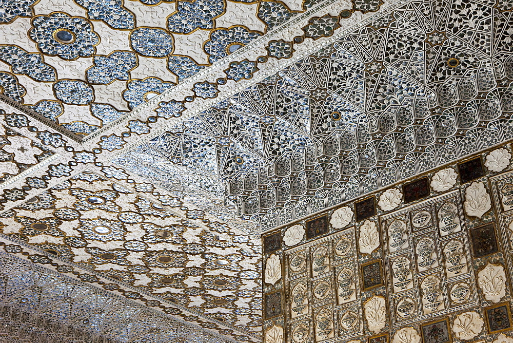 Mirror mosaic ceiling in the Amer Fort, Jaipur, Rajasthan, India