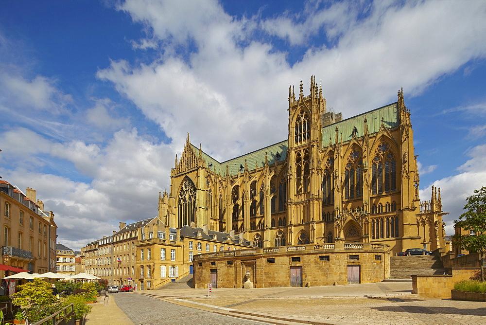 Saint Etienne Cathedral, Metz, Moselle, Region Alsace Lorraine, France, Europe