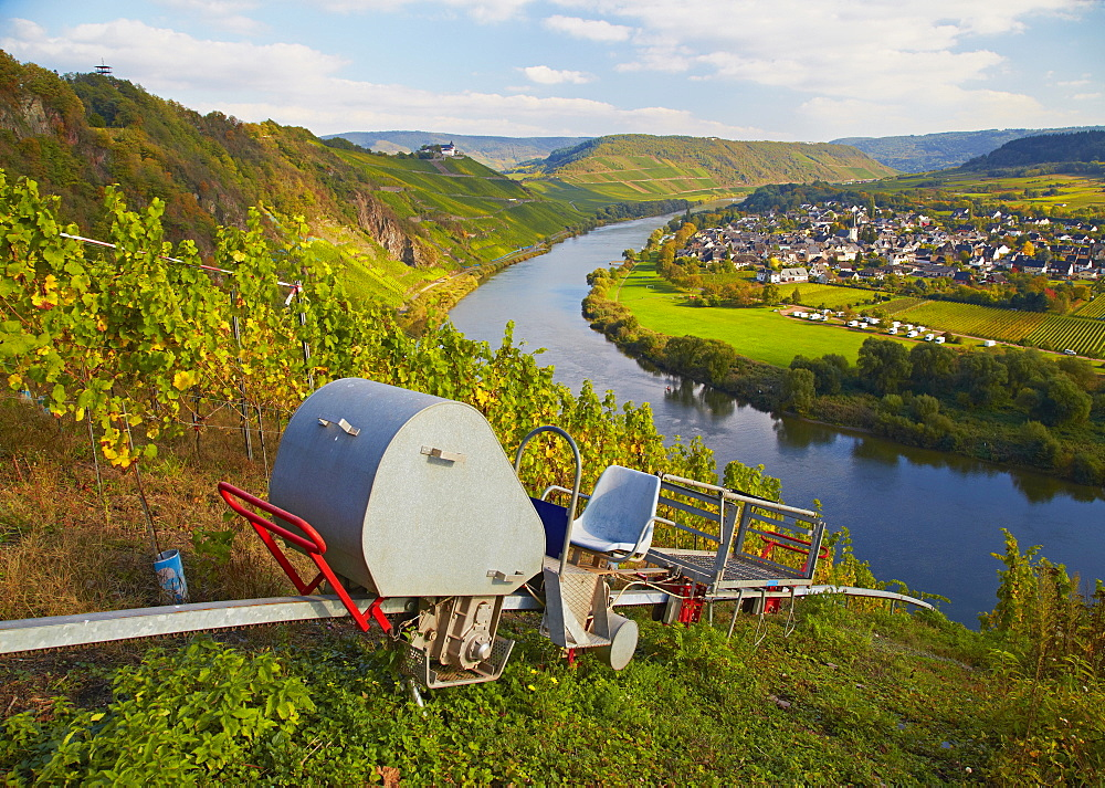 View from Prinzenkopf above Alf to Puenderich and Marienburg and the river Mosel, Rhineland-Palatinate, Germany, Europe