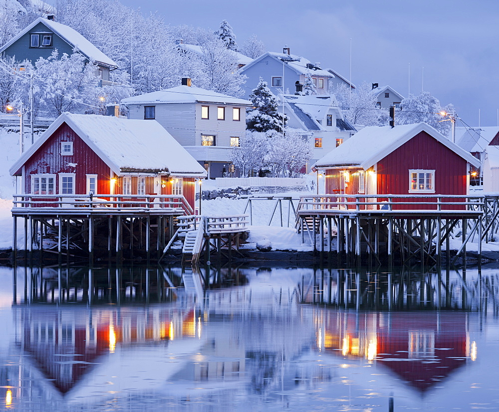 Reine in the evening light, reflection in the water, Reine, Moskenesoya, Lofoten, Nordland, Norway