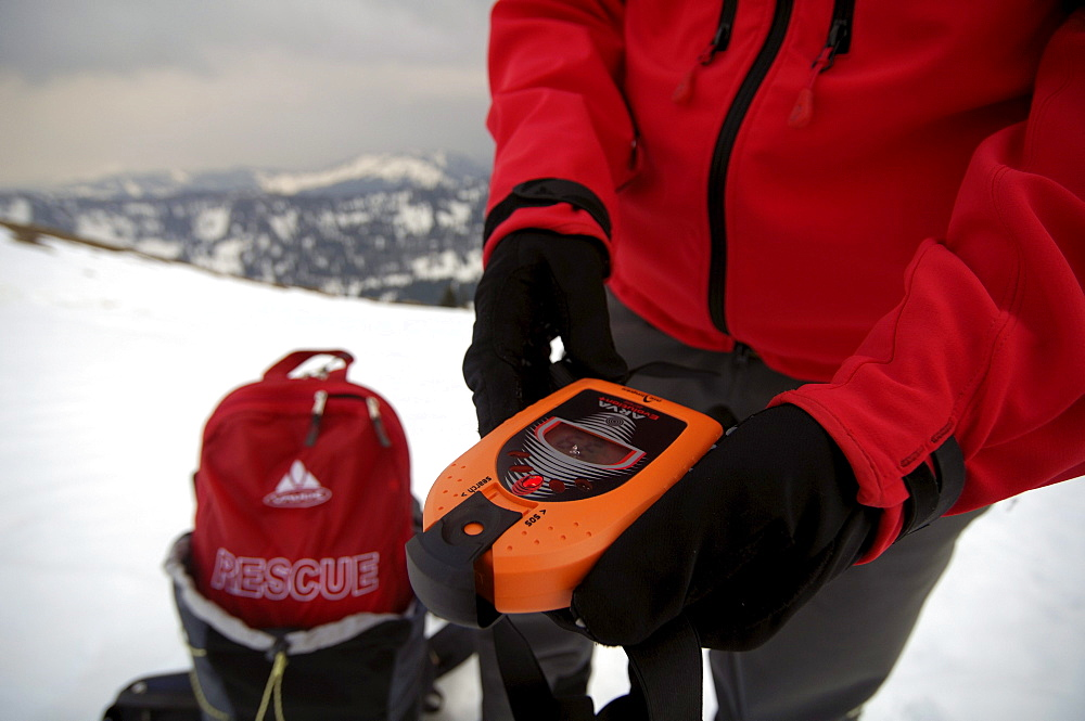 Safety equipment for ski tours, Avalanche protection, Avalanche Transceiver, PIEPS, Hochgrat, Allgaeu Alps, Germany, Europa