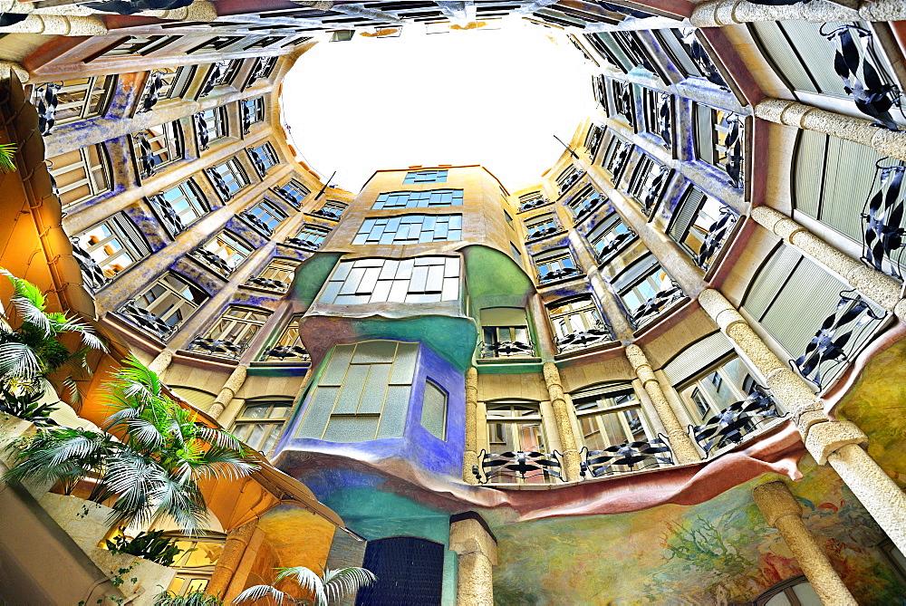 Casa Mila, Casa Milà, La Pedrera, atrium, architect Antoni Gaudi, UNESCO World Heritage Site Casa Milà, Catalan modernista architecture, Art Nouveau, Eixample, Barcelona, Catalonia, Spain - 1113-99443