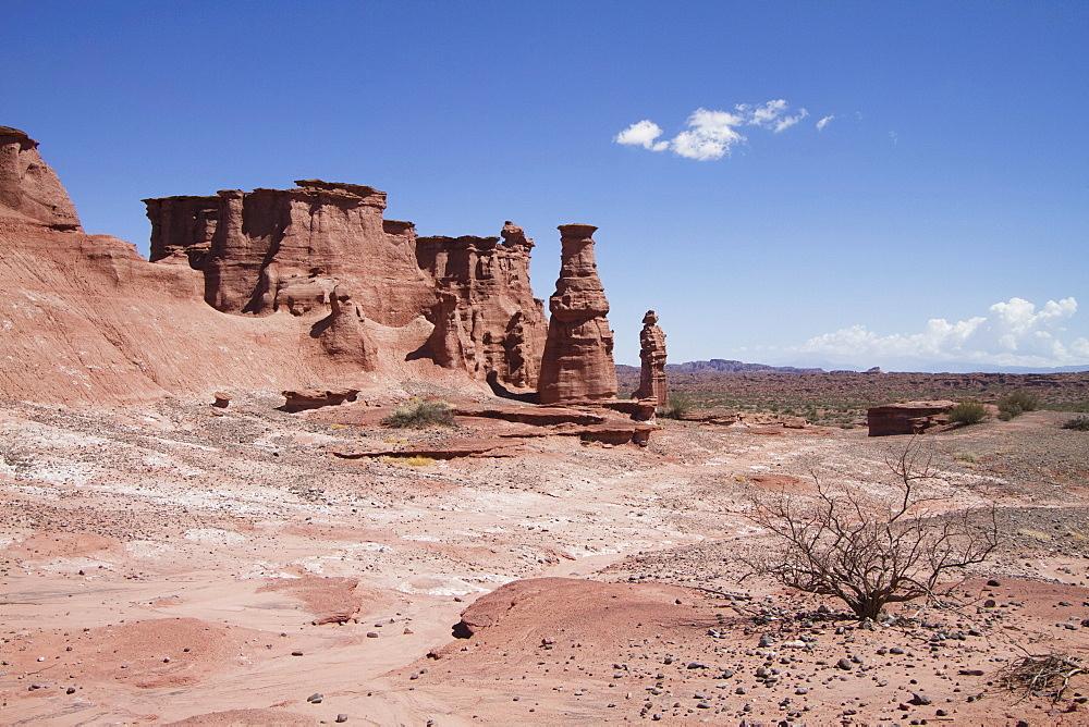 El Monje (The Monk) Rock Formation, Talampaya National Park, La Rioja, Argentina