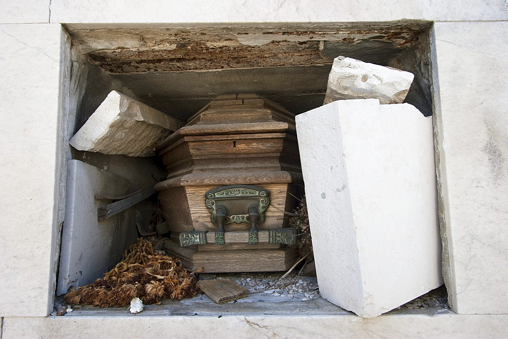 Coffin in abandoned niche at the Cementerio de la Recoleta, Buenos Aires, Capital Federal, Argentina