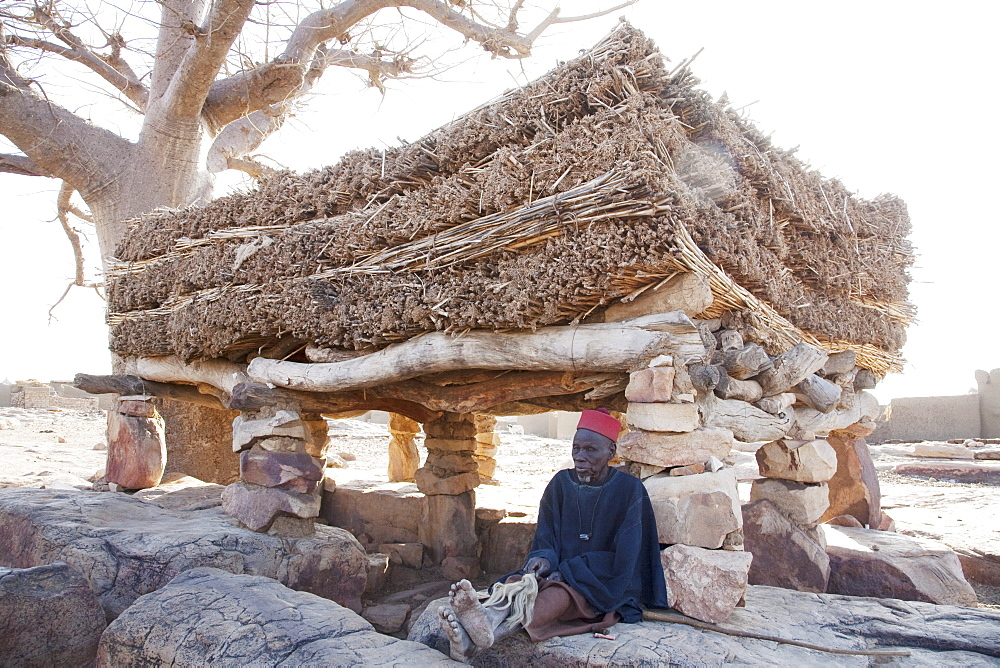 Togu-na (House of Words), Sangha, Mali