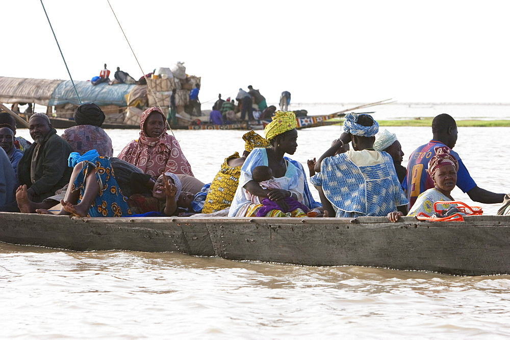 Pinasse on Lake Débo, formed by the seasonal flooding of the Niger River, Mali