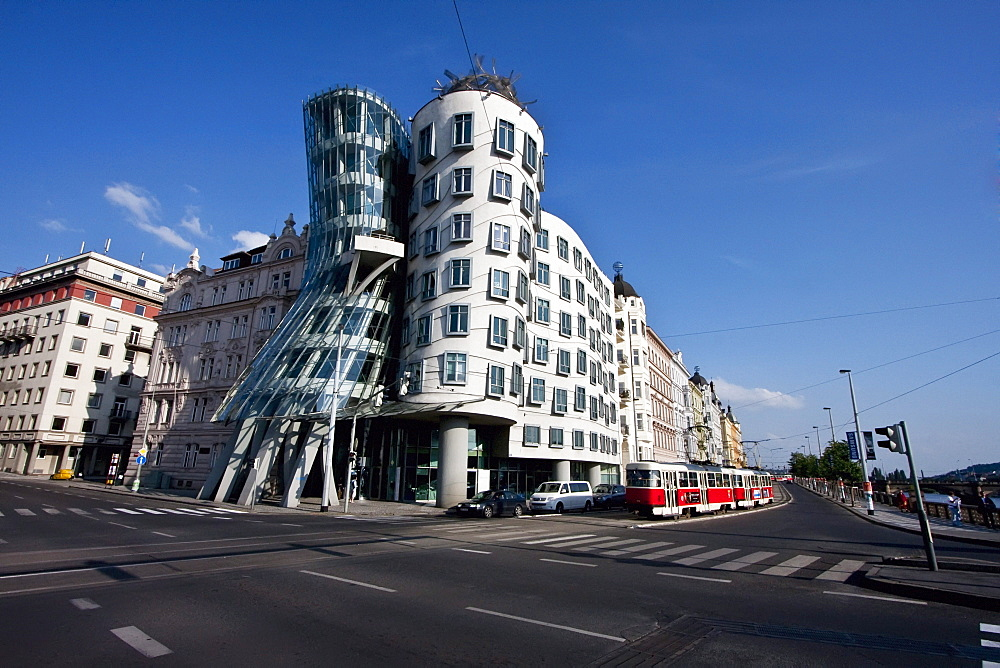 Dancing House by architect Frank Gehry, Prague, Czech Republic