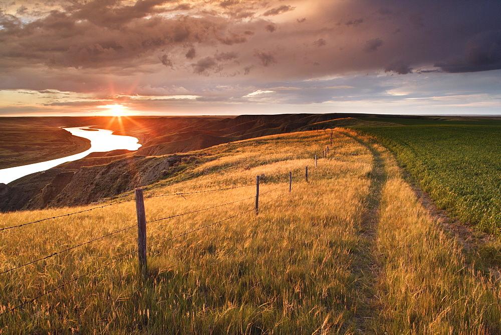 South Saskatchewan River near Leader, Saskatchewan