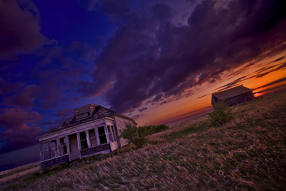Abandoned home in the prairies, near Hanley, Saskatchewan