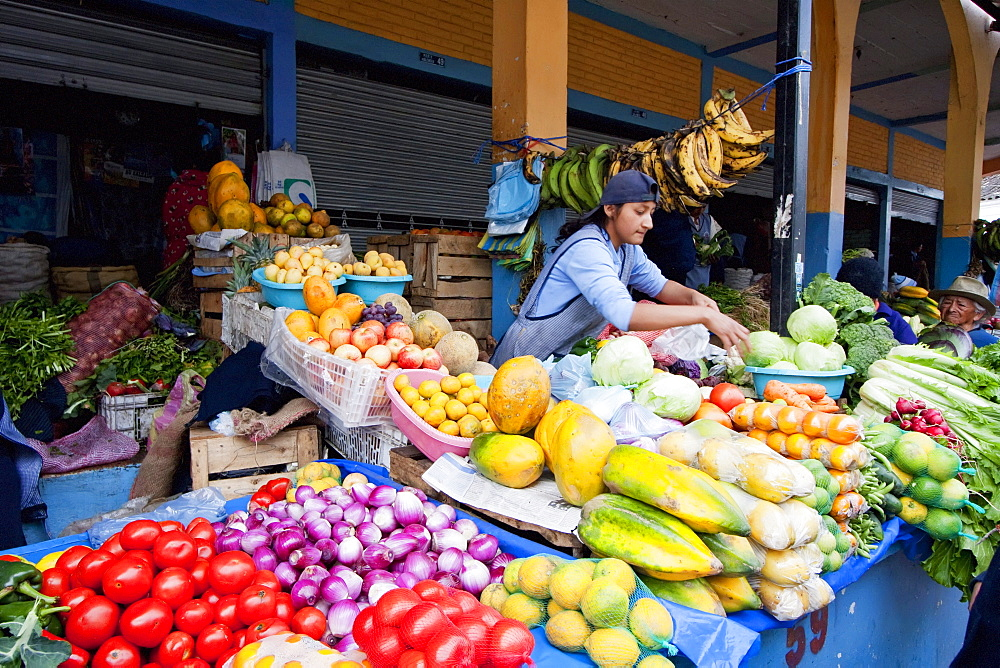Produce vendors at the Saturday market, Otavalo, Imbabura, Ecuador