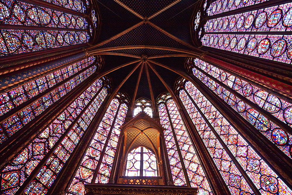 Shrine of the Crown of Thorns and stained glass windows in the Upper Chapel of La Sainte-Chapelle, Paris, France