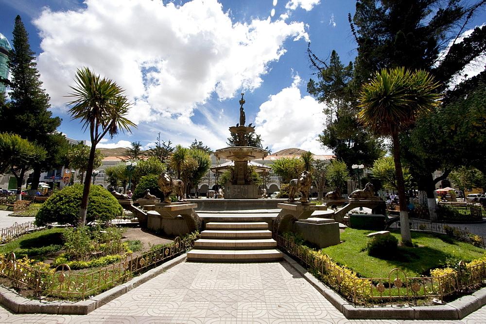 Fountain on Plaza 10 de Febrero, Oruro, Bolivia