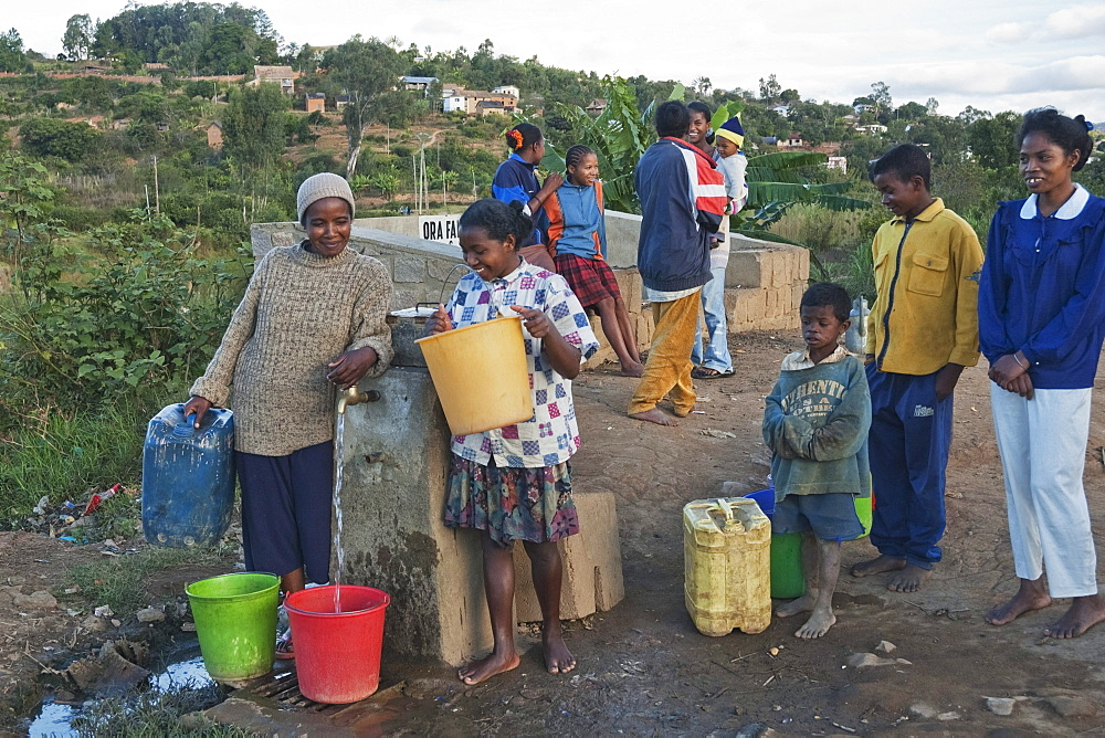 People at a water well in Fianarantsoa, Madagascar