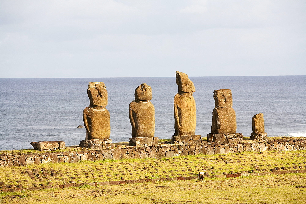 Ahu Vai Ure at the Tahai Ceremonial Complex Tahai, restored by Mulloy and Ayres. Rapa Nui (Easter Island), Chile