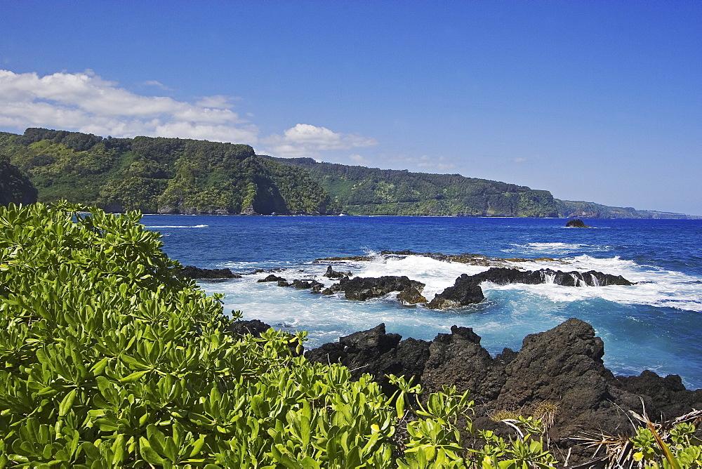 Hawaii, Maui, Keanae Peninsula, View of northern coast along the road to Hana.