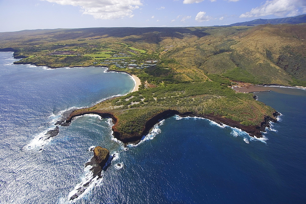 Hawaii, Lanai, aerial view of Pu'u Pehe, Sweetheart Rock.