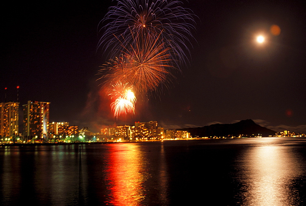 Hawaii, Oahu, Honolulu, Fireworks over Waikiki and Diamond Head.