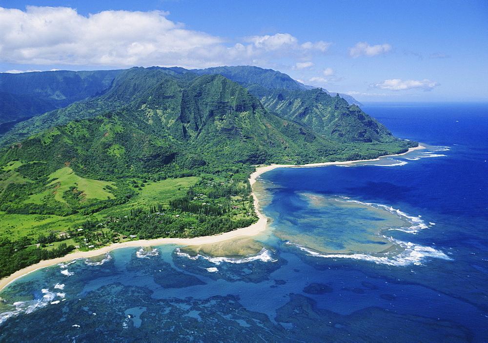 Hawaii, Kauai, Tunnels Beach to Ke'e Beach and Haena State Park with the Na Pali Coast in the distance