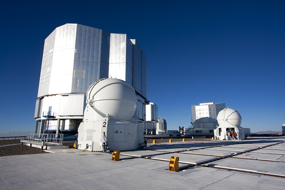 Unit Telescopes And Auxiliary Telescopes Belonging To The Very Large Telescope (Vlt) On The Platform Operated By The European Southern Observatory At Paranal, Antofagasta Region, Chile - 1116-39191